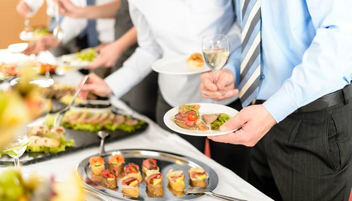 Cuatro tipos de buffet en los aperitivos
