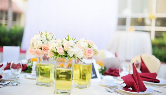 Celebración de boda en casa